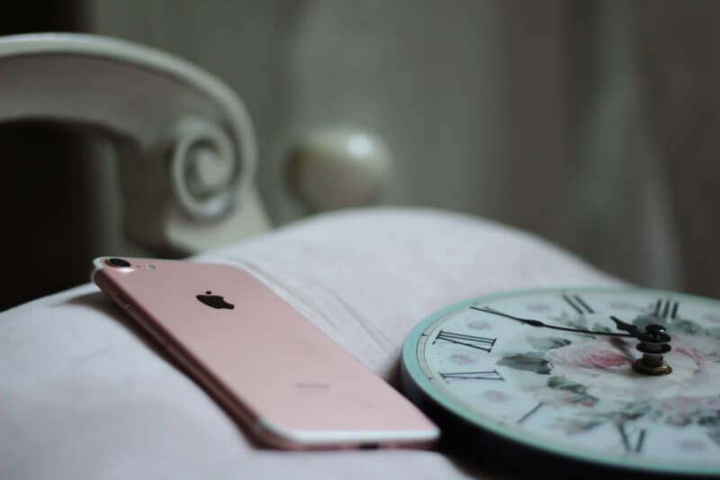 iPhoneのアラーム音は、お気に入りの曲に設定しよう!!!