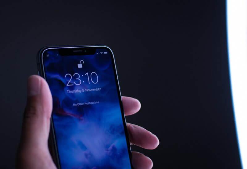 【iPhone X 】Face IDで顔認証が出来ない!!!こんな時は??