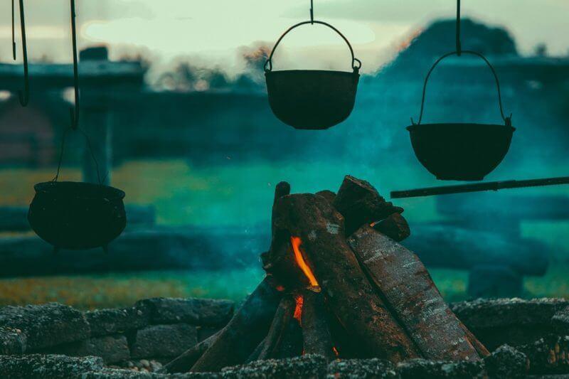 キャンプファイア画像
